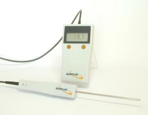 Thermomètre Type PT1000 Classe A, sonde intégrée  <img src='https://www.mesurez.com/images/tags/confiance.jpg' alt='Meilleur rapport qualité/prix'  title='Meilleur rapport qualité/prix' border='0' />