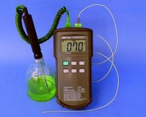 Thermomètre numérique portable, type K